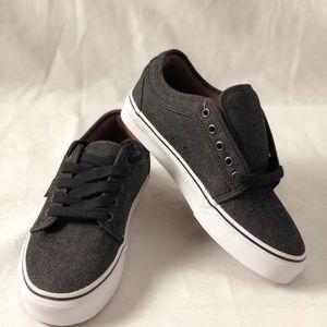 Vans Chukka Low Denim Black Skate Shoes